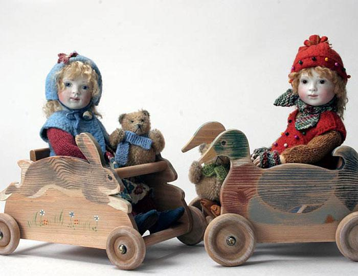 Pixie Heidi and Winter Henry can be combined with a wheeled rabbit or duck car to ride in.