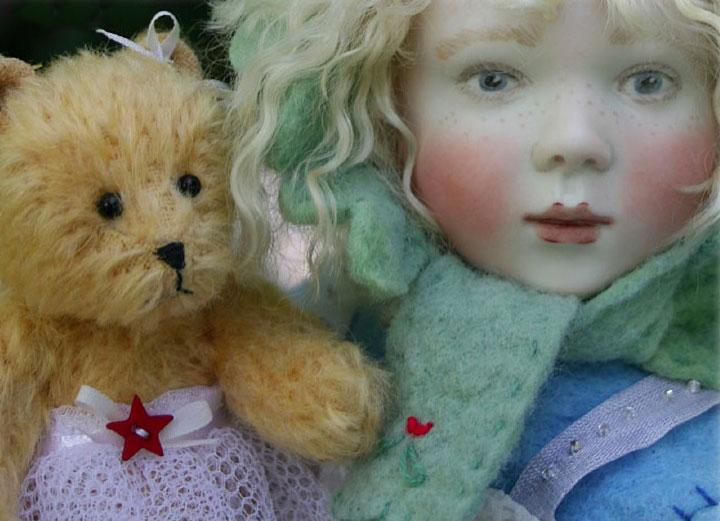 Here in our special Christmas edition of just 15 pieces Bessie loves to wear her beautiful Christmas Fairy outfit, even over her cosy winter clothes!! She also has her delightful fairy bear made by Stella Topping.  Winter Christmas Fairy is available only from us, priced at £625 or in the USA exclusively from The Toy Shoppe priced at $1085.
